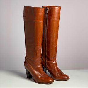 Leather heeled under-the-knee boots